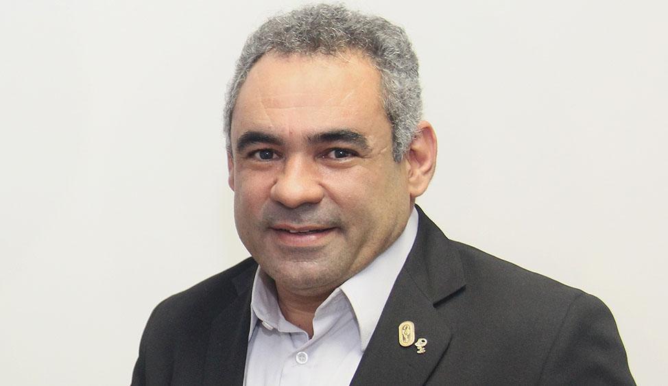 Luciano-Martins-Rena-Batata-Conselheiro-Federal-e-Presidente-do-CRFMG