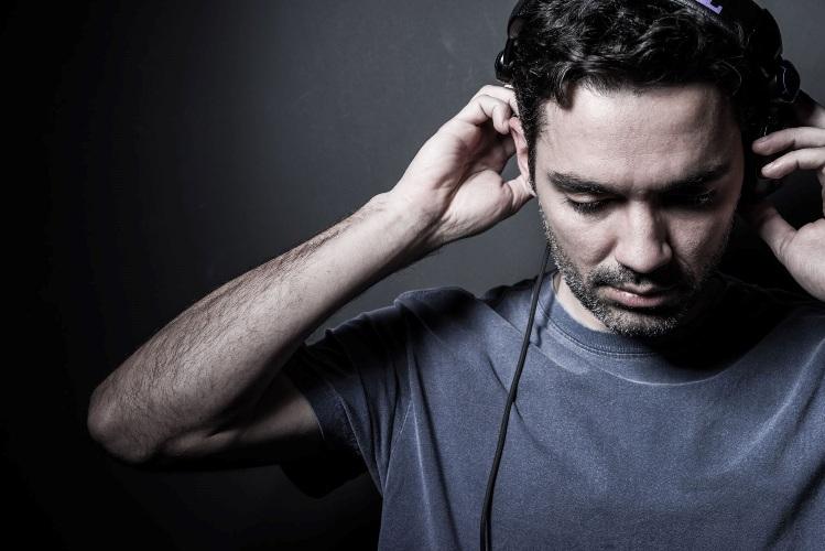 2DJ Gustavo Castro - Credito Music Solutions